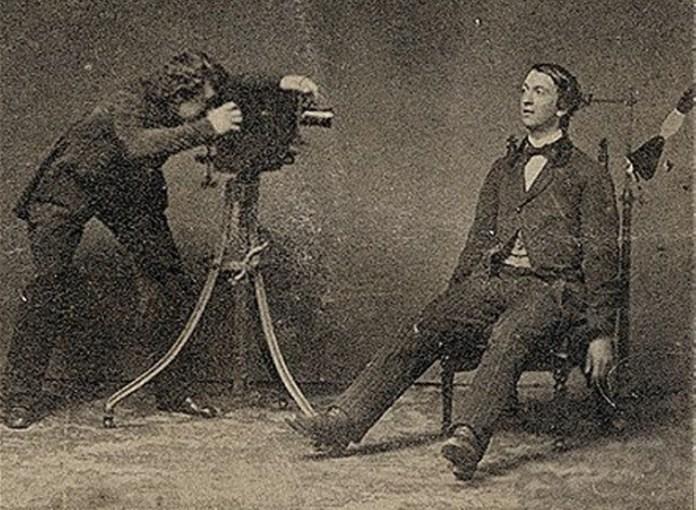 Memento-Mori-The-Macabre-Victorian-Art-of-Death-Photography-1.jpg?resize=696%2C510