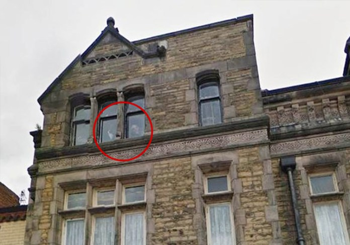 Do You Believe in Ghosts? 13 More of the Most Convincing Paranormal Photos Ever Taken