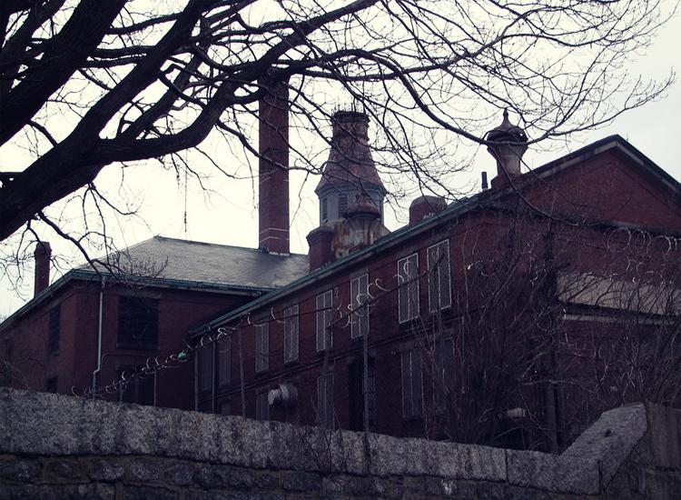 A Witch's Tale: 7 histoires fantômes fantasmagoriques de Salem, Massachusetts