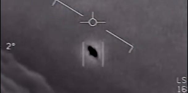 Navy films UFO