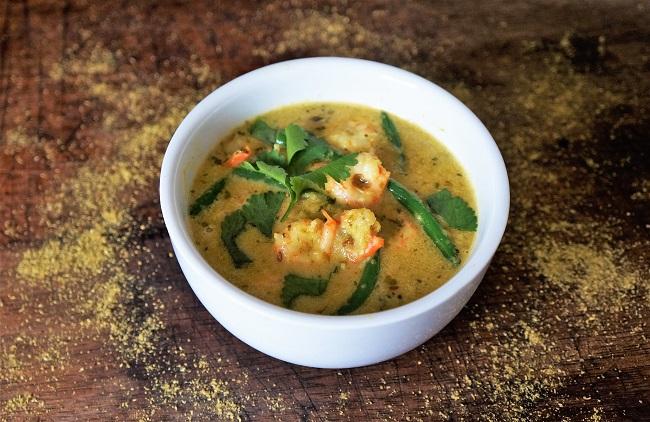 Coconut Prawn Curry Recipe | Simple Fish Curry Recipe