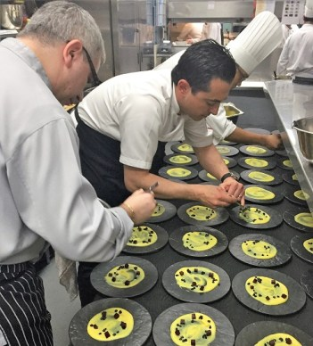 Theo-Michaels-Guest-Chef-Sheraton-Grande-Bangkok