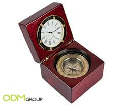 Exceptional marketing gift to include in promotional campaigns: Clock and Compass Set