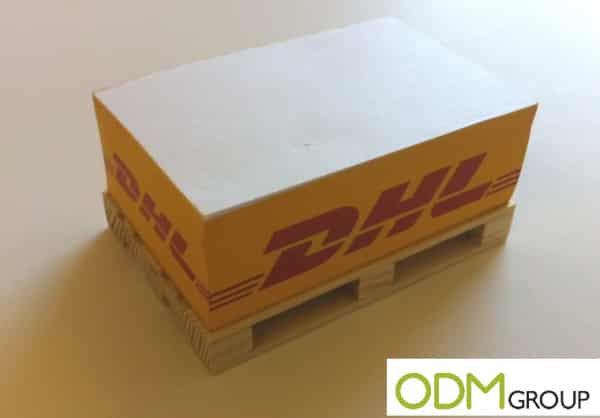 Promotional memo pad pallet as a giveaway