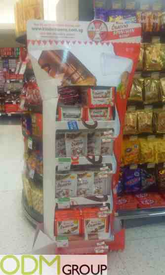 In store Marketing by Kinder Bueno Spin & Win Promotion