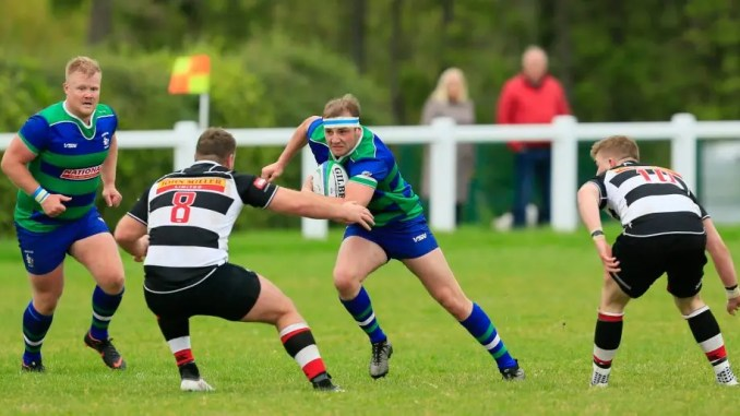 Hamilton Bulls took the game to Dumfries Saints but ultimately came up short against the league leaders. Image: Neil Mitchell