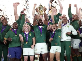 South Africa captain Siya Kolisi lifs the World Cup after his team's sensational final victory over England. Image: Fotosport/Steve Haag