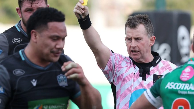 Glasgow Warriors prop Aki Seiuli ended up being sent to the sin-bin last Saturday because he couldn't cope with Treviso's scrum - but is that a proportionate punishment? Image: Forsport/Daniele Resini