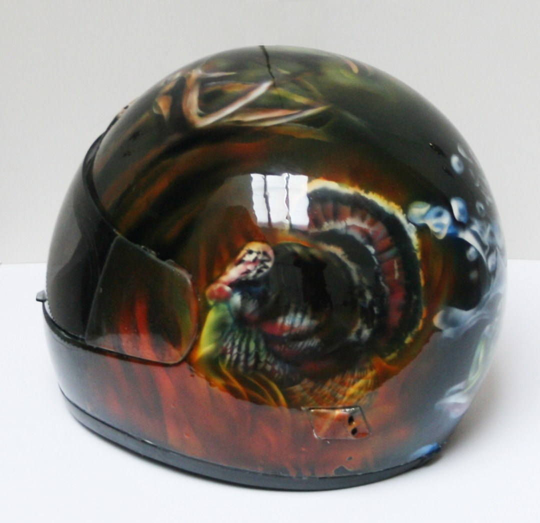 Wisconsin Wildlife Motorcycle helmet, Turkey on side
