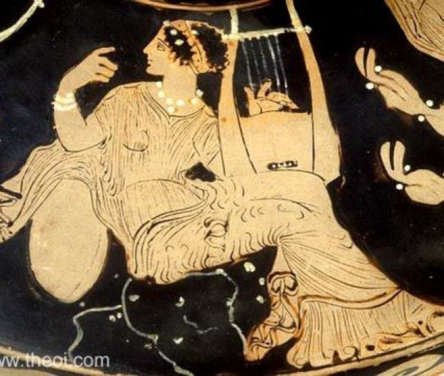 Muse With Cithara Paestan Red Figure Lekanis C4th B C Musee Du Louvre