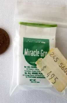 Miracle Gro Gardening Shed Fairy Garden Dollhouse Miniatures 1:12 Scale