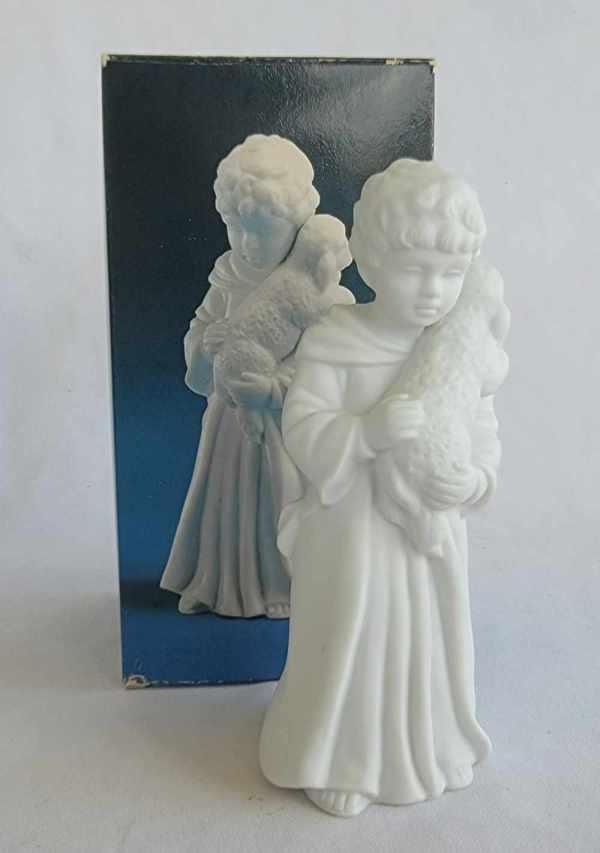 Avon Vintage Christmas Nativity The Shepherd Boy White Porcelain Bisque Figurine 1983