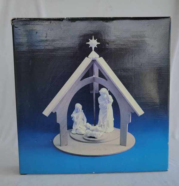 Avon Vintage Christmas Nativity Wood Display Stand White Porcelain Bisque 1988 New