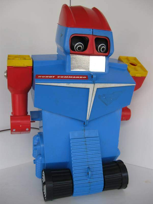 https://i1.wp.com/www.theoldrobots.com/images44/Commando9.JPG