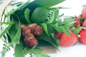Paleo-Valentine-Bacon-Roses