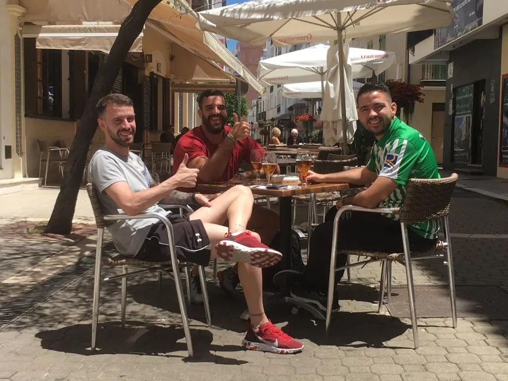 Bars and restaurants in Spain's Andalucia can open terraces at 100% capacity from Monday and interiors at 75% – ESPANA NEWS