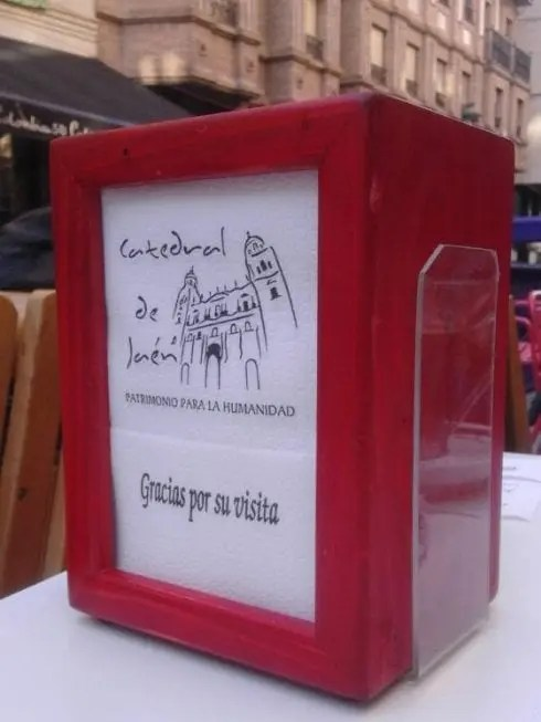 Bars and consuming locations take away glazed serviettes from tables all through Spain to stay away from COVID-19 contagion – nevertheless had been they ever any use? – ESPANA NEWS