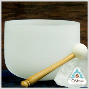 CHAKRA OM 8 INCH CRYSTAL SINGING BOWL WITH STRIKER AND ORING NOTE C#