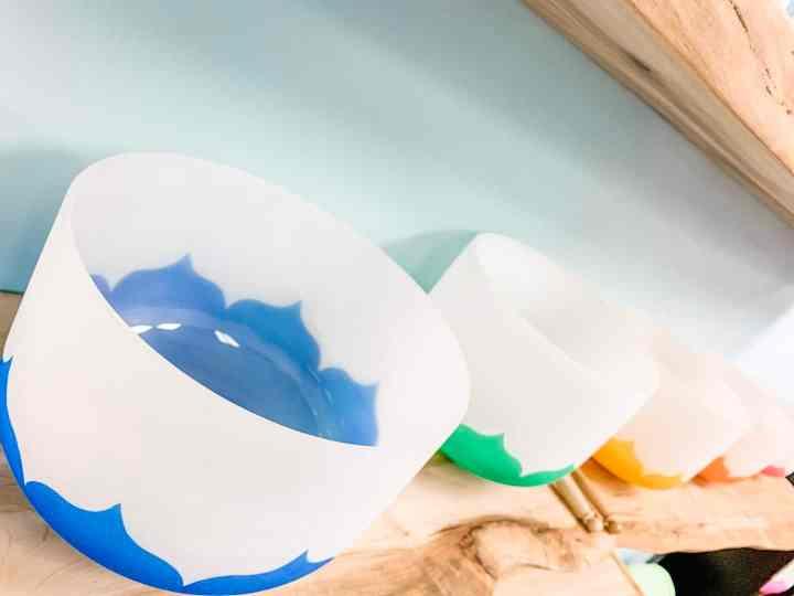 painted chakra bowls2