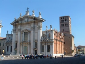 Cathédrale de Mantua http://www.flickr.com/photos/lorenzox/2091188713/ - © Lorenzo D.A.S