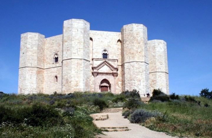 Castel_del_Monte ©https://commons.wikimedia.org
