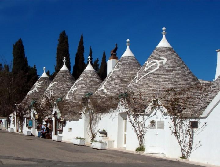 Trulli_Alberobello ©https://commons.wikimedia.org/