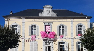 Mairie Ibos Octobre rose ©Solène Deutsch