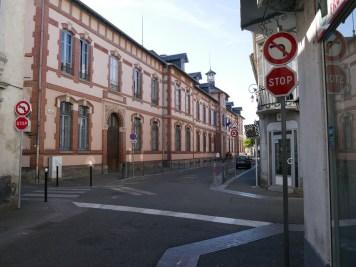 Stop devant le lycée ©Hélène Lafitte