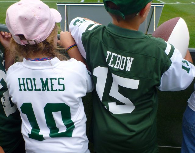 NY Jets Autograph seekers