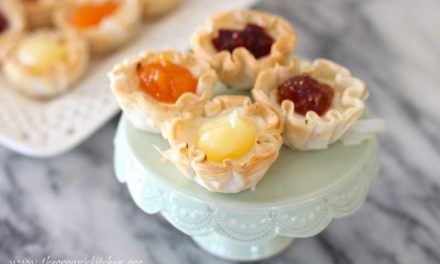 Mini Goat Cheese Cheesecake Tartlets for All Seasons!