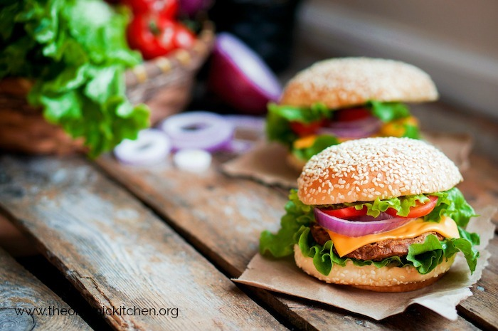 The Secrets to Making a Fantastic Burger! #hamburger #howtogrillaburger