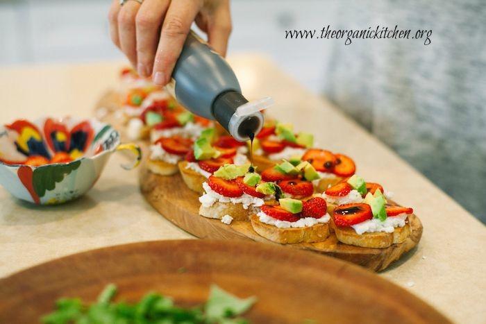 Strawberry and Avocado Bruschetta: Bruschetta California Style!