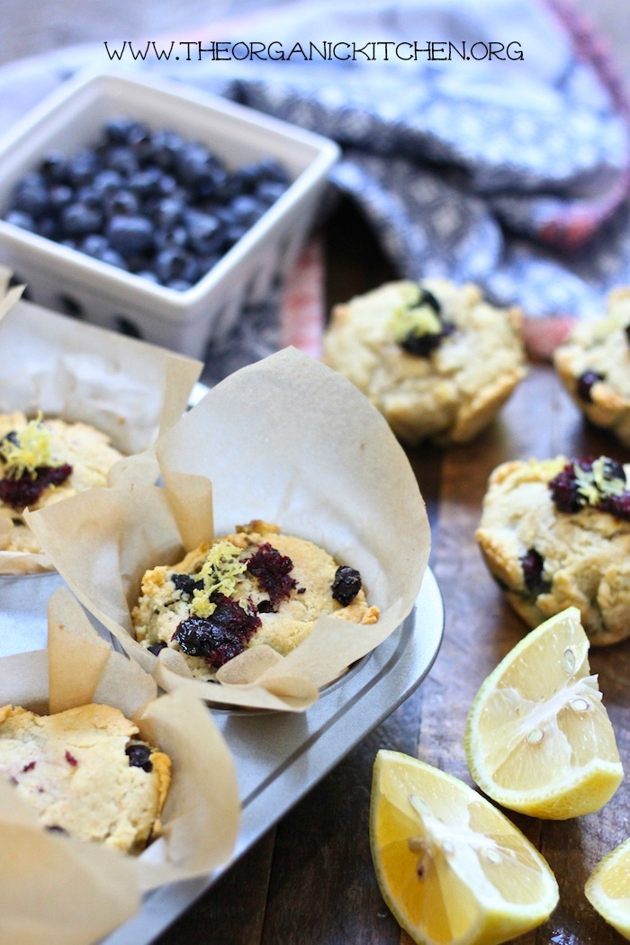 Keto Lemon Blueberry Muffins-#lowcarbmuffins #ketomuffins #lemonblueberrymuffins
