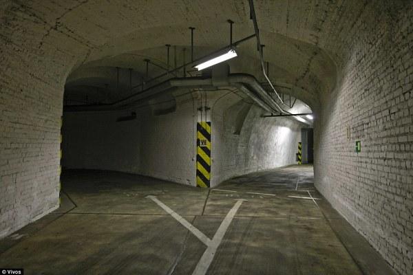 vivos tunnels