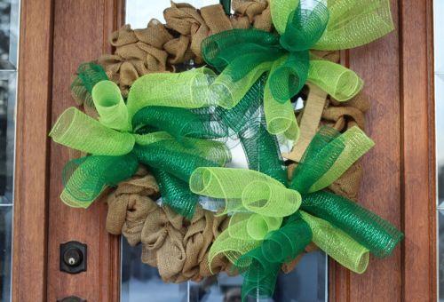 curly burlap wreath tutorial
