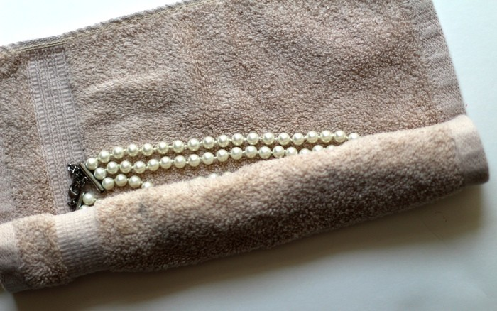 How To Pack Jewelry For Travel - Rolling Jewelry Step 2