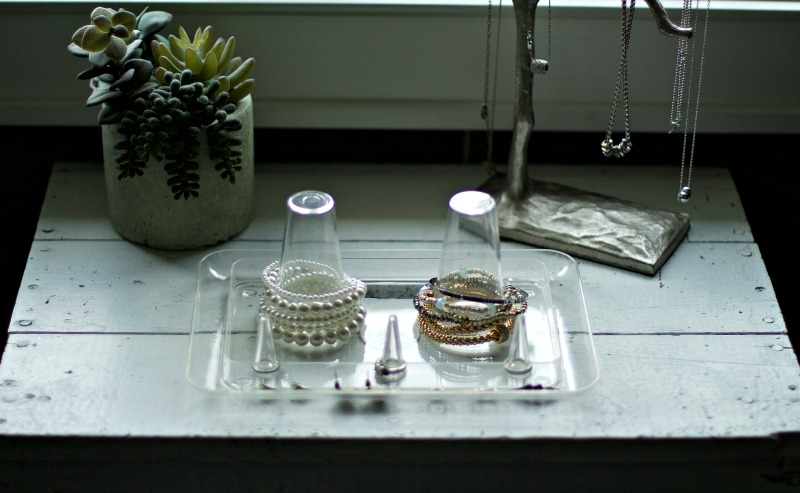 4 Tips To Organizing Your Jewelry