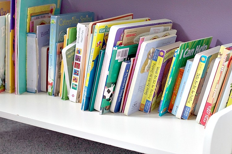 bookshelf kids books organization