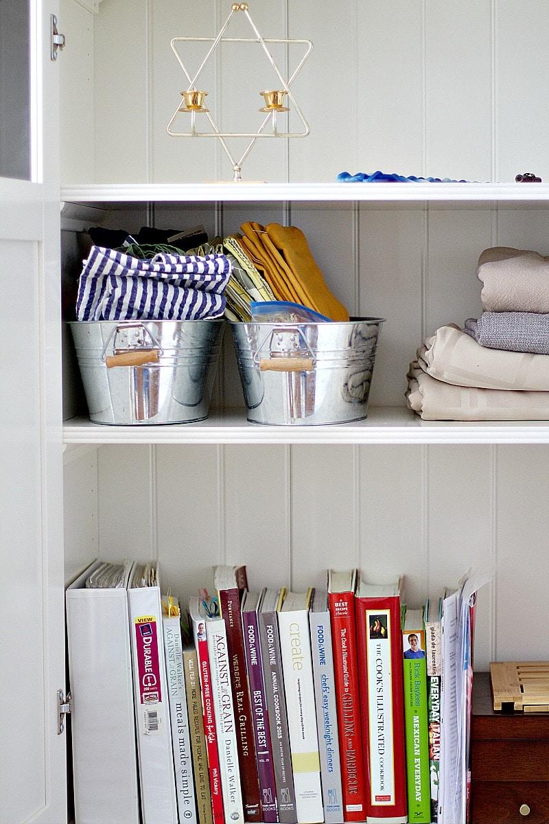 how to organize cookbooks