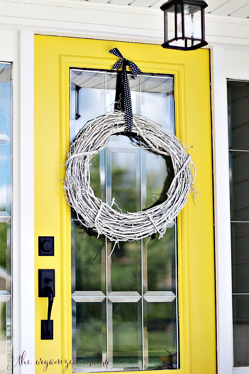 grapevine wreath patio decorating ideas for summer