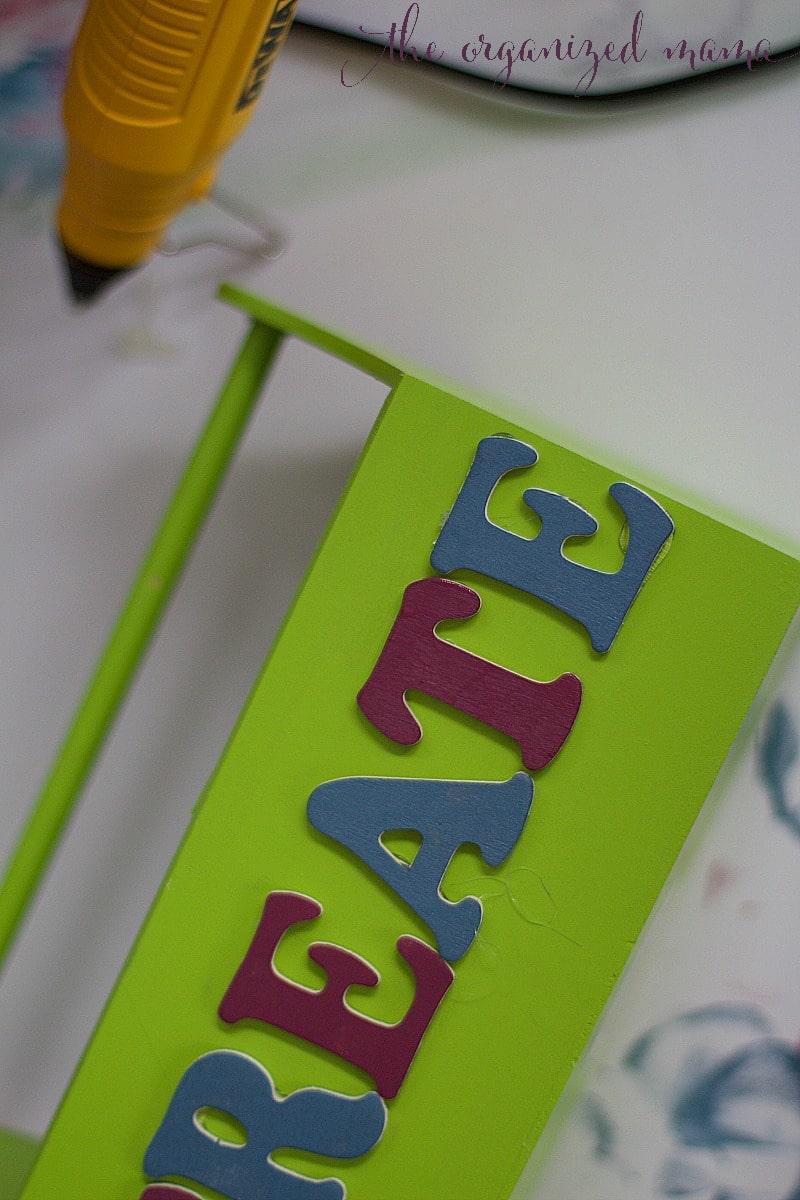 hot glue DIY kids desk caddy