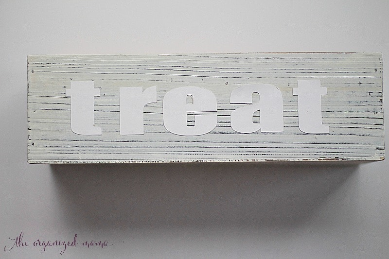 halloween planter box treat letters