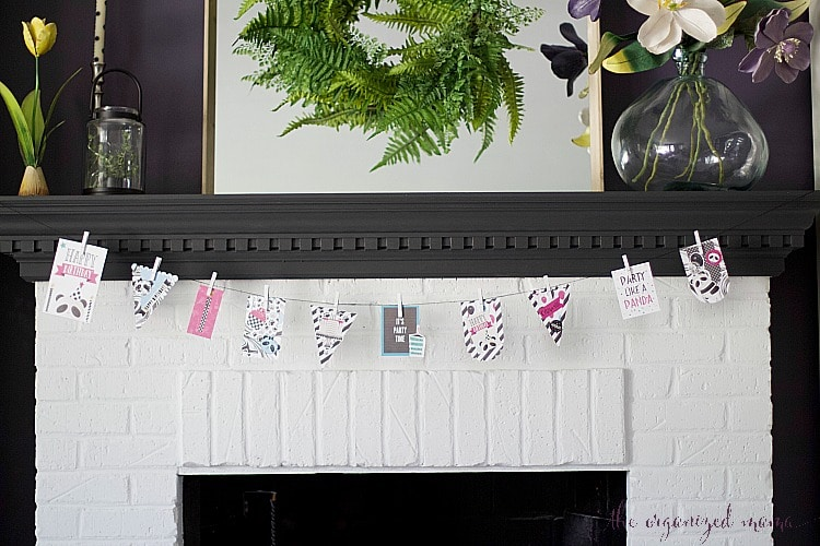 Follow these easy steps to create a panda birthday banner tutorial that can be used for your next upcoming party. #birthday #panda