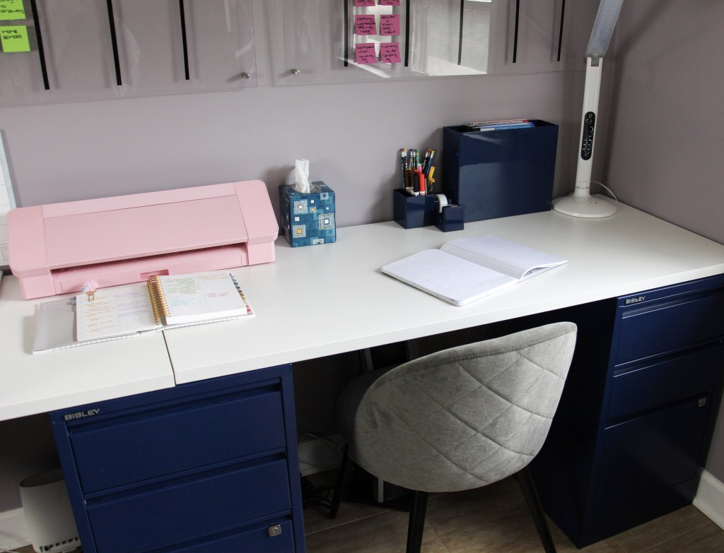 organized and clear desk top space
