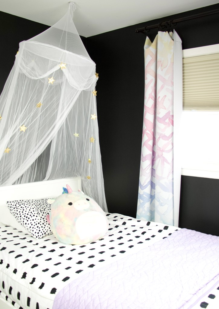 black and white bedding from beddy's