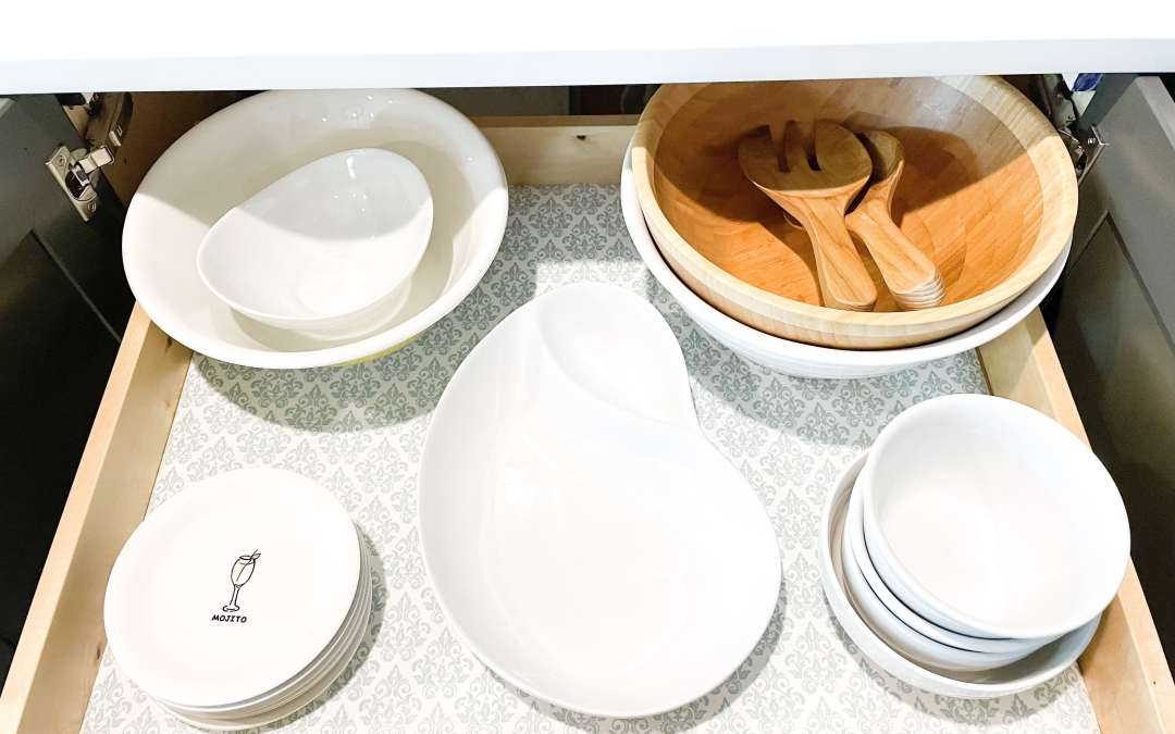 5 Smart Ways To Store Serving Platters and Fine China