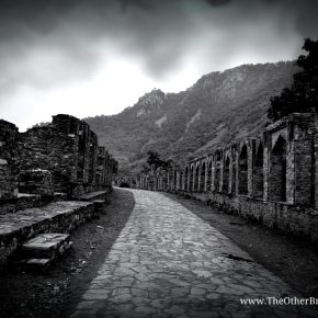 Story of BHANGARH – The Most Haunted Place in India!