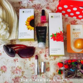 """New Year Skin Care Resolutions – """"Go ORGANIC!"""": Organic Harvest Christmas & New Year Special Box Review"""
