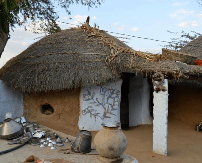 Bishnoi Hut: Simple, clean and beautiful:  Bishnois of Rajasthan