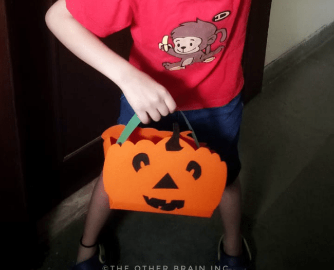 Halloween paper basket for Tick or Treating - #4 of 5 of Decoration Ideas for Halloween